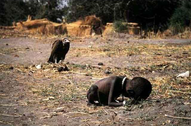 Sudanese child and vulture